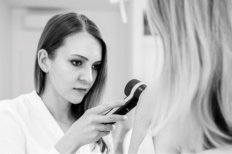 Dr. Carina Bergthaler Fachärztin Für Dermatologie und Venerologie